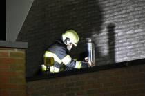 Hete kachelpijp veroorzaakt brandje in garage bij woning aan de Havikshorst