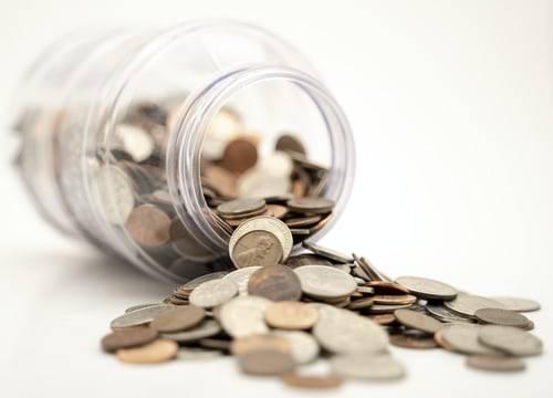 Geld besparen doe je aan de hand van drie tips!
