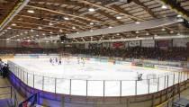 Pvda Heerenveen wil dat de IJshockeyhal snel open gaat