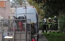 Brand in bedrijfsbus aan de Benzweg in Oudeschoot