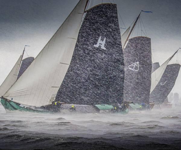 Skûtsjefoto Tom Coehoorn bij de laatste 20 Mirabaud Yacht Racing Image of the Century