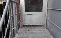 Schade aan politiebureau in Heerenveen door zwaar vuurwerk