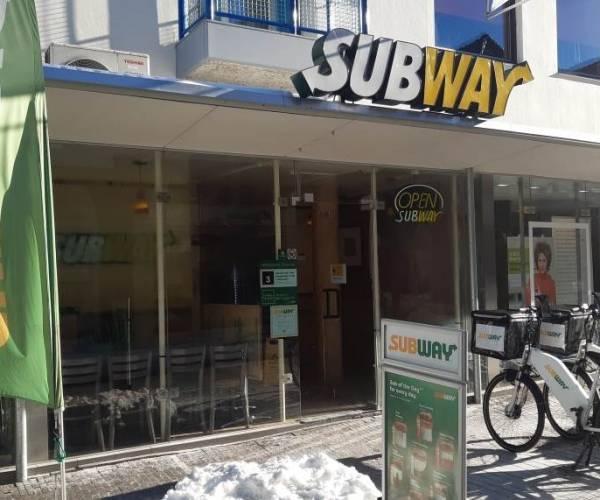 Ouders van Subway eigenaresse Angela starten doneeractie