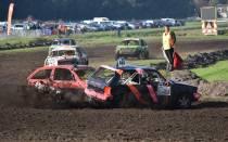 Spectaculaire autocross in De Knipe