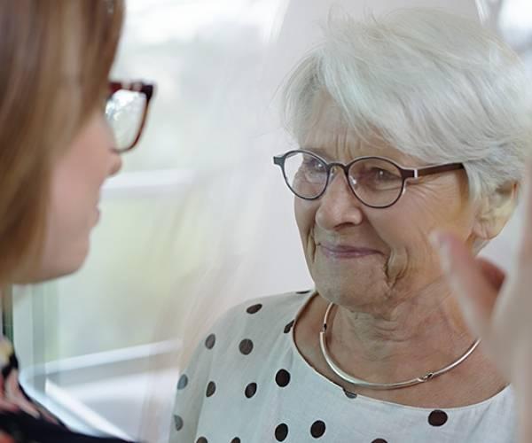 Zorgbelang Fryslân start onderzoek corona-ervaringen van<br />ouderen en mensen met een chronische aandoening