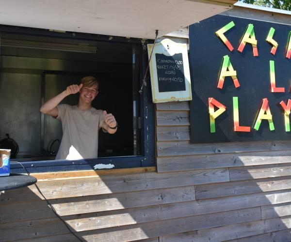 Kiosk recreatiegebied De Heide weer open, jongeren Casa verkopen fris en ijs