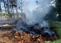 Brandweer Gorredijk en Heerenveen in actie voor buitenbrand in Langezwaag