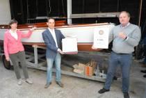 Rotaryclub Heerenveen sponsort stichting Valkenkring Grou