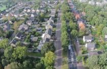 Huizenprijzen in Fryslân verder omhoog, minder verkocht