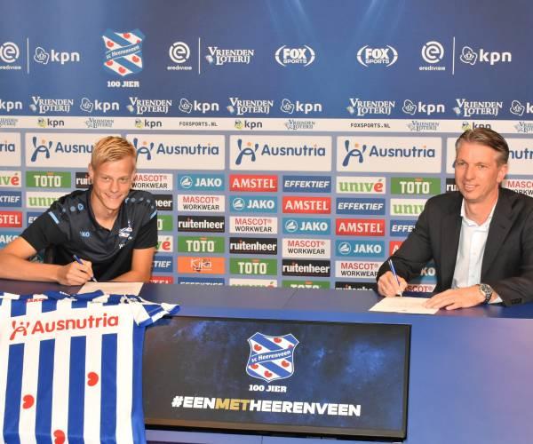 sc Heerenveen huurt kersvers Brighton-speler Van Hecke