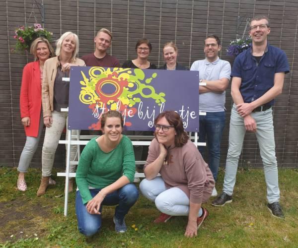 Dagbesteding Stukje bij Beetje zoekt puzzels en creatief materiaal