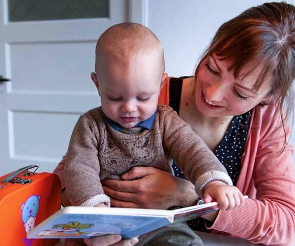 BoekStartinloopochtend in de bibliotheek: lezen met baby's en peuters