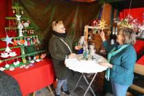 Doarpskeamer Akkrum opent kerstwinkeltje