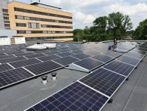 Bijna 500 zonnepanelen op dak expertisecentrum voor medisch specialistische ouderenzorg