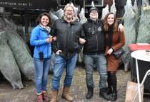 Kroegbazen Tom Mulder en Menno Bleeker in de kerstbomenhandel